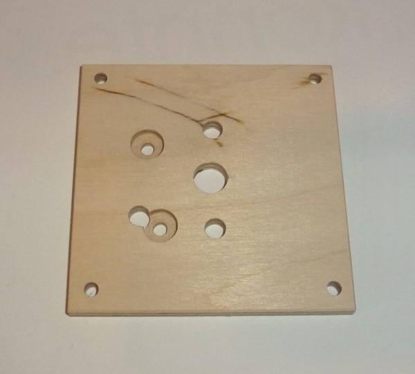 Grundplatte für Mörzmotor aus Sperrholz, 80x80mm