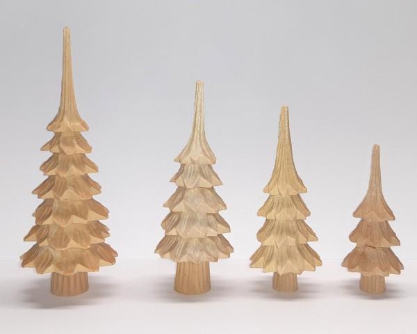 Geschnitzter Baum mit Stamm aus Lindenholz