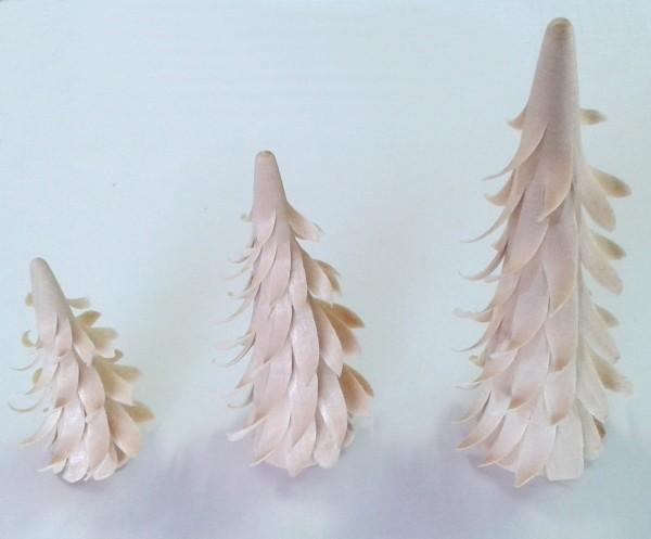 Spanbaum aus Lindenholz - spiralförmig