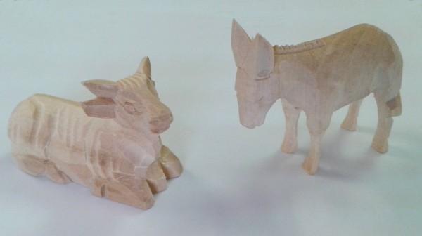 """Tierfiguren """"Ochse und Esel"""" geschnitzt - 2teilig"""